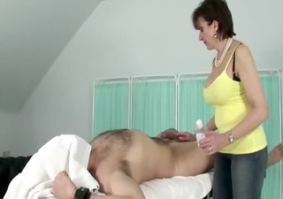 femdom-goddess acquires her hands on her subjects